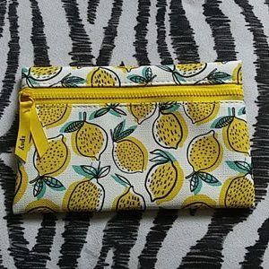 Lemon detailed front zipper makeup bag